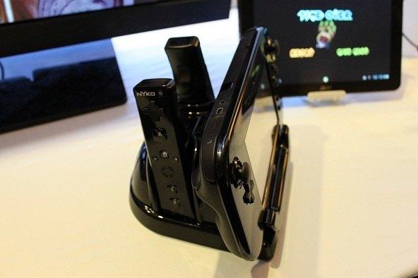 station de charge de contrôle – PS3 / XBox 360 / Wii U / Wii – Nyko